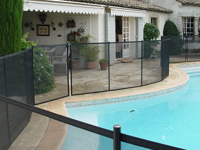 barriere piscine beethoven excellent barriere piscine. Black Bedroom Furniture Sets. Home Design Ideas