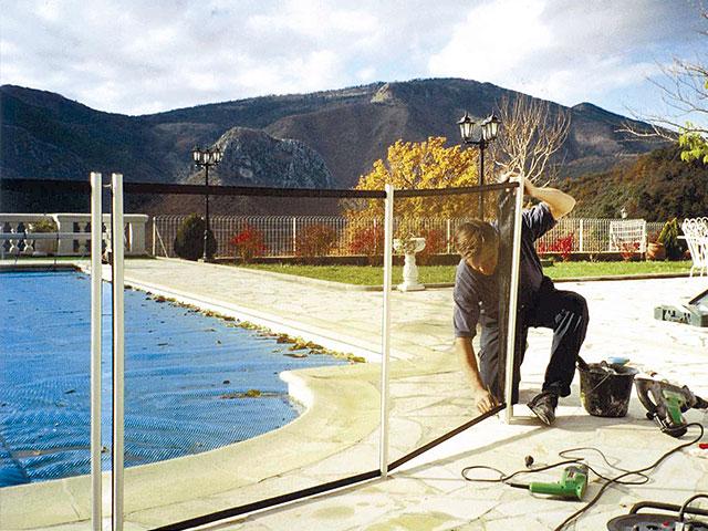 photos et vid os barri re piscine beethoven s curit piscine page 4. Black Bedroom Furniture Sets. Home Design Ideas